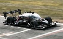 Voici le prototype de la toute première voiture de course autonome