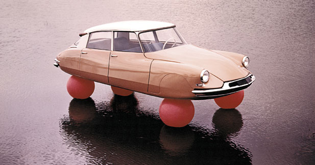 Citroën, trois points de suspension
