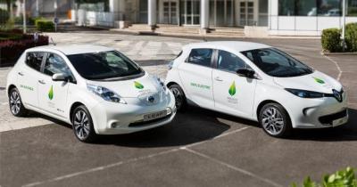 COP21: Renault installe 90 bornes de recharge en région parisienne