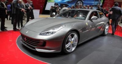 Ferrari GTC4Lusso: la FF s'aFFirme
