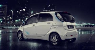 Mitsubishi se lance dans la vente de voitures en ligne