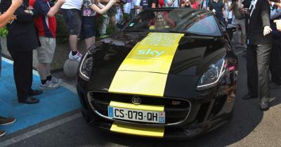 Une Jaguar F-Type pour Chris Froome
