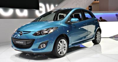 Mazda2 restylée : Un lifting pour le Mondial