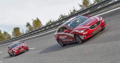 Record de vitesse moyenne à plus de 220 km/h pour la Mazda6
