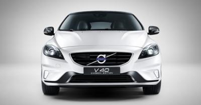 Volvo V40 Carbon Edition, la suédoise gagne en caractère