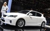 Lexus CT 200h : fer de lance