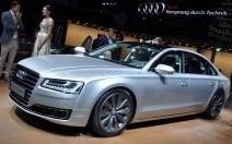 L'Audi A8 restylée en vidéo