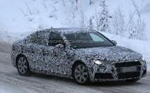Spyshot : la nouvelle Audi A4 peaufine ses réglages en conditions extrêmes