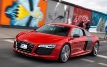 Au volant de l'Audi R8 e-tron : une décharge électrique