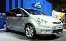 Ford S-MAX : le format intercalaire