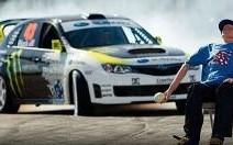 Ken Block en folie, au volant de la Subaru Impreza