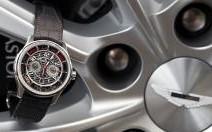 Une montre inspirée de l'Aston Martin Vanquish chez Jaeger-LeCoultre