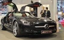 La Mercedes SLS AMG déploie ses ailes au salon