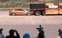 Insolite : Volvo rate sa démonstration du City Safety