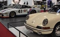 Porsche : les 50 ans de la 911 célébrés à Rétromobile
