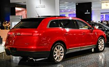 Lincoln MKT : faux break, vrai mastodonte
