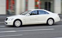 Mercedes S400 BlueHybrid : luxe civique