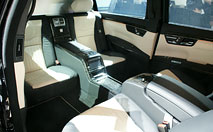 Mercedes S600 Pullman Guard : à l'abri des agressions