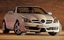 Mercedes SLK restylé : la F1 à plein nez