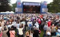 Grand pique-nique Dacia : 14 000 fans au rendez-vous malgré la météo maussade
