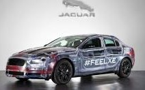 La future Jaguar XE joue la transparence