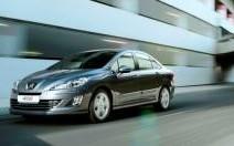 Peugeot 408 : une malle et un lifting pour la 308