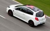 Une série spéciale Akrapovic pour la Renault Clio RS