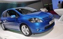Toyota Auris restylée : nouveau regard