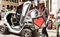 En Espagne, un Renault Twizy offert pour l'achat d'une Laguna ou d'un Espace