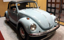 Volkswagen Coccinelle Cabriolet : toujours aussi intemporelle