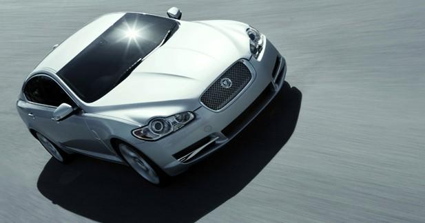 Jaguar XF : mamie tire sa révérence