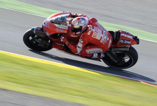 MotoGP: Casey Stoner en pole position à Valence