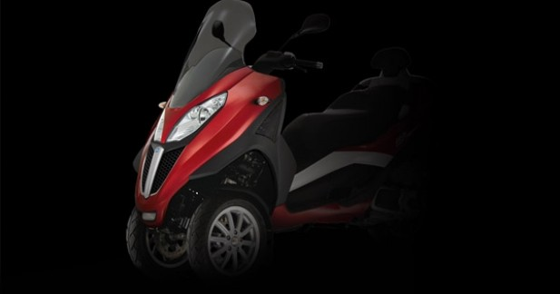 piaggio mp3 lt 2012 le scooter 3 roues passe au 500. Black Bedroom Furniture Sets. Home Design Ideas