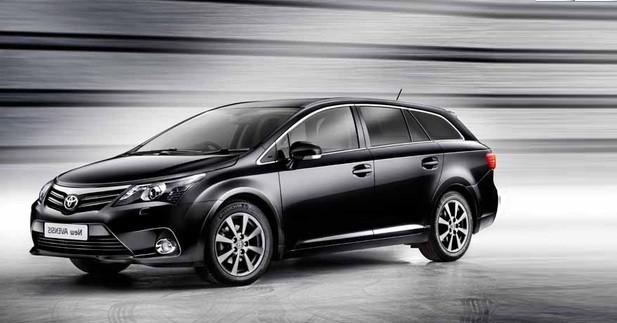 Toyota Avensis restylée: Discrétion assurée !