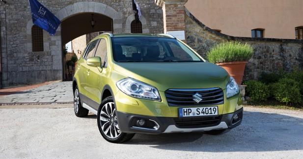 Suzuki SX4 : nouvelles photos en attendant Francfort