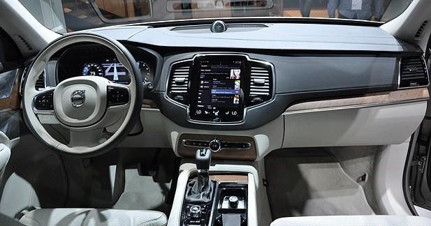 Mondial auto 2014 volvo xc90 le thor su dois for Interieur xc90