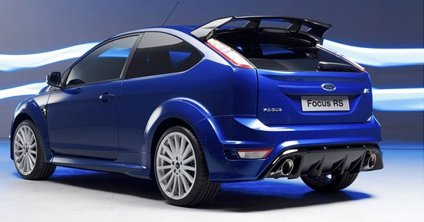 ford focus rs reine du rapport puissance prix. Black Bedroom Furniture Sets. Home Design Ideas