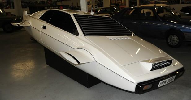 La Lotus Esprit ''sous-marine'' de James Bond est à vendre