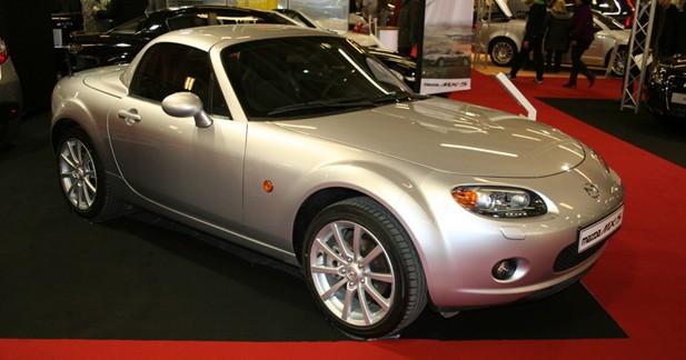 Mazda fête 20 ans de MX-5 au Salon du Cabriolet, Coupé et SUV