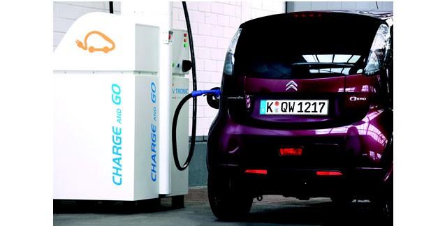 Lafon et EVtronic lancent la borne de recharge ultra rapide en station service