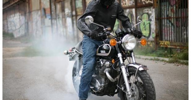 Avon déploie une structure spécifique pour la moto sur le territoire Français.
