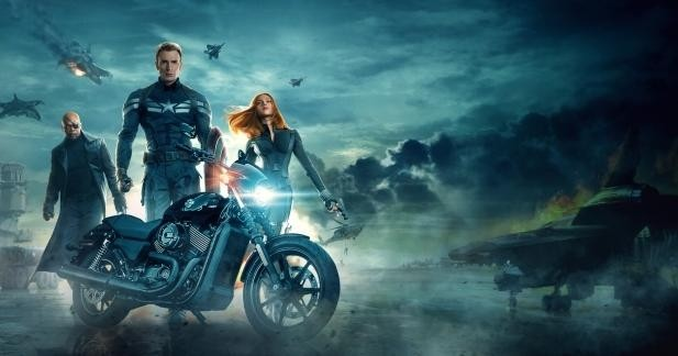 "Cinéma: ""Captain America"" 2014 roule en Harley!"