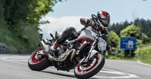 Le Monster 821 arrive dans le réseau Ducati