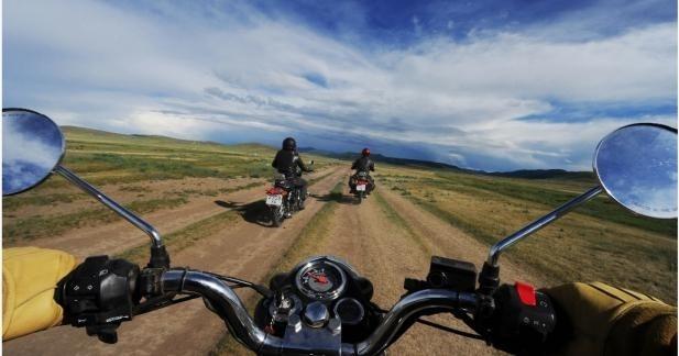Vidéo : La Mongolie en Royal Enfield avec Vintage Rides
