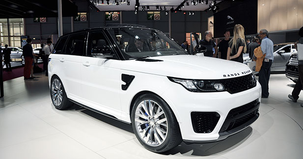 le range rover sport svr fait enfin son apparition officielle. Black Bedroom Furniture Sets. Home Design Ideas