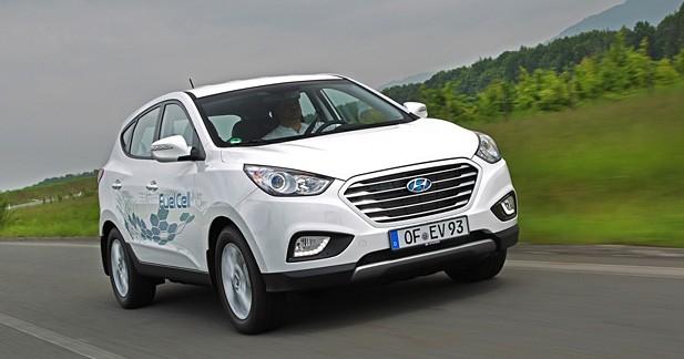 Le Hyundai ix35 Fuel Cell signe un nouveau record de sobriété