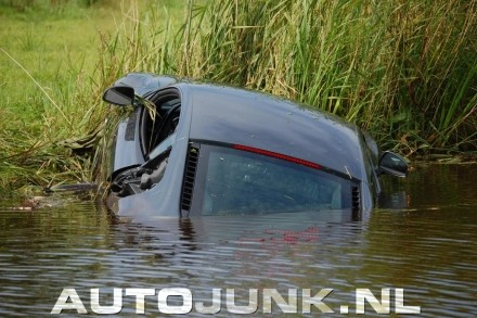 Accident : quand une Audi R8 part à l'eau