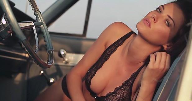 Glamour : Anna craque pour la Pontiac Catalina
