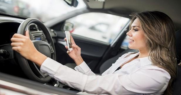 Le TOP 5 des apps les plus utiles en voiture