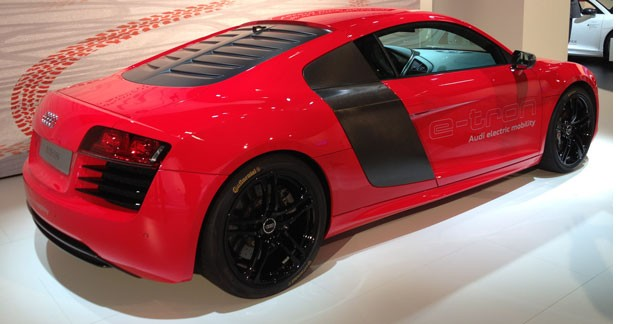La production de l'Audi R8 e-tron reportée